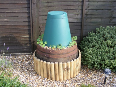 Example of an alternative way to have a Green Cone installed within a raised bed